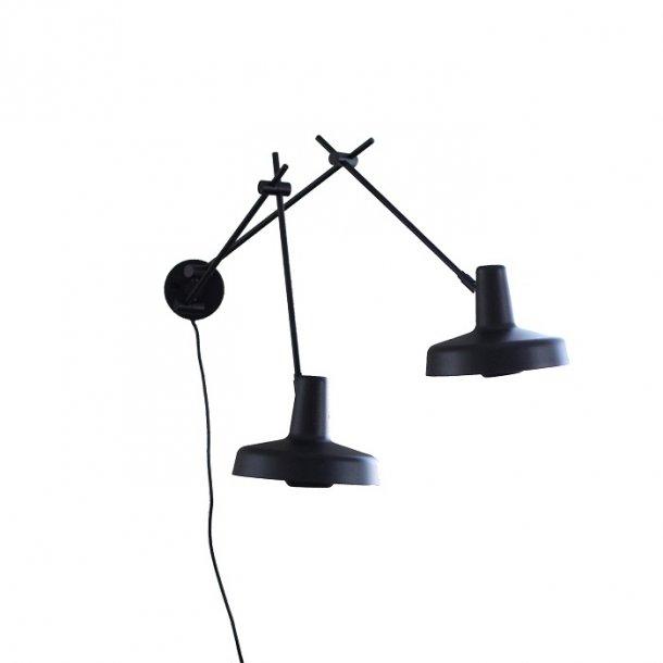 Arigato væglampe 2 armet - Sort - Grupa Products - Lampefeber
